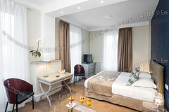 Chambre d'htel avec un plateau petit djeuner (France). (Emmanuel LATTES) Tags: morning food france orchid cup glass tasse coffee caf architecture french table glasses tv bed bedroom whitewalls realestate apartment flat bright tea drink furniture interior beverage indoor clean indoors cups croissant service orangejuice lit domicile residence coffeetable habitat appartement luminous nourriture hotelroom tl whitewall intrieur verre verres matin orchide tlvision croissants facilities dwelling boisson habitation htel th lumineux tasses propre mobilier jusdorange immobilier rsidence tablebasse chambrecoucher doubleroom lumineuse breakfasttray chambredhtel murblanc mursblancs plateaupetitdjeuner