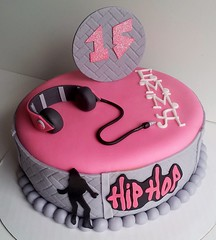 Hip Hop cake by Pink Icing by Jazz, Triad Area, NC, www.birthdaycakes4free.com