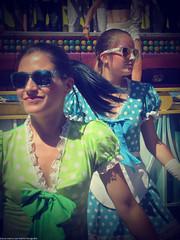 Dancing (Marco San Martin) Tags: show portrait people girl fun funny artist dancing gente disfraz entertainer fancydress baile artista streetshot bailar urbanshot animadoras marcosanmartin