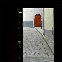 oltre -explore- (archifra -francesco de vincenzi-) Tags: door italy square puerta porta porte minimalism 41 scorcio carré molise portale minimalisme agnone archifraisernia francescodevincenzi