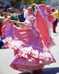 Tambores de Colombia - 2014 San Francisco Carnaval Grand Parade (--Mark--) Tags: sf sanfrancisco carnival photos fotos mission carnaval skipped canonef135mmf2l 36thannual sanfranciscocarnavalgrandparade larumbadelacopamundialcelebrationoftheworldcup