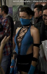 Cosplay in AthensCon 2016: Kitana from Mortal Kombat (SpirosK photography) Tags: athenscon athenscon2016 convention cosplay costumeplay cosplayconvention kitana mortalkombat game videogame videogamecharacter nikon portrait