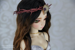 Commission: Thorn & bird scull crown for MNF (AnnaZu) Tags: thorn bird scull crown minifee luka annazu annaku vesn etsy commission dollfairyland bjd abjd balljointed jesus witch