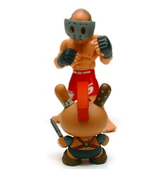 DUNNY SHOWDOWN (kingkong21) Tags: apocalypse kidrobot randy huck gee ufc dunny coulture