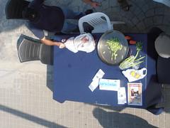 "Preparando la verdura de la paella <a style=""margin-left:10px; font-size:0.8em;"" href=""http://www.flickr.com/photos/67776226@N07/11582286705/"" target=""_blank"">@flickr</a>"