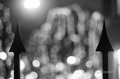 Spiked blur (A.Sundell) Tags: bw 50mm blackwhite pentax sweden bokeh swedish uppsala sverige traveling smc nifty the svartvit f17 5017 smca50mmf17 a pentaxk5 thetravelingnifty50mm