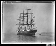 MAGDALENE VINNEN awaiting cargo in Sydney Harbour