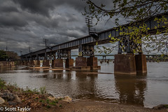 Richmond Railway Bridge (Scrufftie) Tags: travel usa canon virginia unitedstates richmond richmondva tonemapping