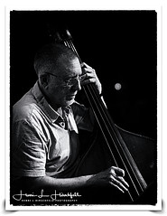 "The Great Chuck Israels"" (""SnapDecisions"" photography) Tags: israels chuck bass bassist jazz music billevans tucson arizona pastiche nikon hirschfeld d800 musician bw"