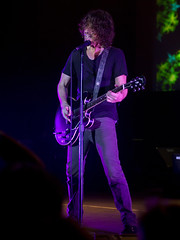Soundgarden (Stephen J Pollard) Tags: livemusic vocalist concertphotography guitarist soundgarden vocalista guitarrista chriscornell