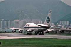 Pam-Am 747, Hong Kong airport (1982) (Duncan+Gladys) Tags: hk hongkong enhanced