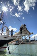Riggers on Eendracht (Rob Hurson) Tags: summer suomi finland boat helsinki sailing pentax harbour hdr tallshipsrace 2013 k30 pentaxk30 samsung1224f4