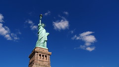 American Dream (Vincen Chuang) Tags: nyc newyorkcity newyork statue liberty manhattan   vision:mountain=0734 vision:outdoor=099 vision:clouds=0954 vision:sky=0967
