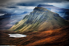 Trotternish from the Quiriang (mark@wetakegreatpictures.com) Tags: sunlight mountain lake storm skye rain clouds sunrise landscape dawn scotland scenery isleofskye scenic ridge loch stormclouds trotternish quiriang