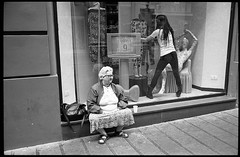 (Different Ways To Be Woman) (Robbie McIntosh) Tags: leica blackandwhite bw film window monochrome shop analog 35mm kodak trix strangers streetphotography hc110 rangefinder bn negative 400 analogue m2 summilux biancoenero argentique leicam2 dyi selfdeveloped pellicola kodaktrix400 analogico sunny16 nometering leicam filmisnotdead kodakhc110 hc110dilb autaut leicasummilux35mmf14i leicasummilux35mmf14 guessexposure summilux35mmf14preasph summilux35mmf14i