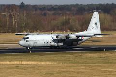 Eindhoven EHEH/EIN 2014 : KLu C-130H-30 G-275 (Hermen Goud Photography) Tags: canon eindhoven hercules ein c130 klu c130h eos40d g275