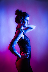 Neon Talents (Christoph Kaffee) Tags: pentax leather blue contrast neontalents tattoo strongfemale pink photography portrait harness piercing gels woman strobist red
