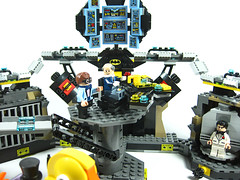 Lego 70909 Batcave Break-in (martin.waterson) Tags: bruce wayne penguin duckmobile henchpenguin alfred pennyworth brucewayne™ alfredpennyworth™ scubatsuit batpack batboat batcave lego 70909 breakin riptide