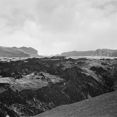 Ice and ashes (davidgarciadorado) Tags: iceland blackandwhite film mediumformat 6x6 glacier superikontaiii rangefinder folders