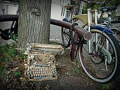 Amsterdam 2012 (Berliner08) Tags: holland netherlands amsterdam bike bicycle nederland holanda paysbas fahrrad noordholland niederlande vlos hollande machinecrire piasesbajos