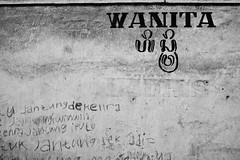DSC03519 (ismail ilmi) Tags: world people blackandwhite bali white black colour beautiful indonesia photography asia natural culture human sacred ritual visual ismail diffrent anthropology klungkung denpasar anthro budaya eastasia singaraja karangasem jembrana ethno etnis buleleng etnophotography prosesi ismaililmi lingkara anthrovisual