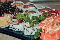 Vcio. (Tas S. Bordignon) Tags: brazil brasil sushi nikon skin comida rs riograndedosul comidajaponesa vcio uramaki cachoeiradosul yakusoku d3100