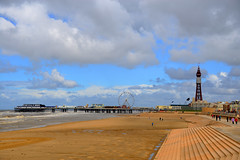 BLACKPOOL, LANCASHIRE, ENGLAND, UNITED KINGDOM. (ZACERIN) Tags: golden north shift blackpool tower beach pictures pier of mile blackpool blackpools pictures tilt blackpool blackpool