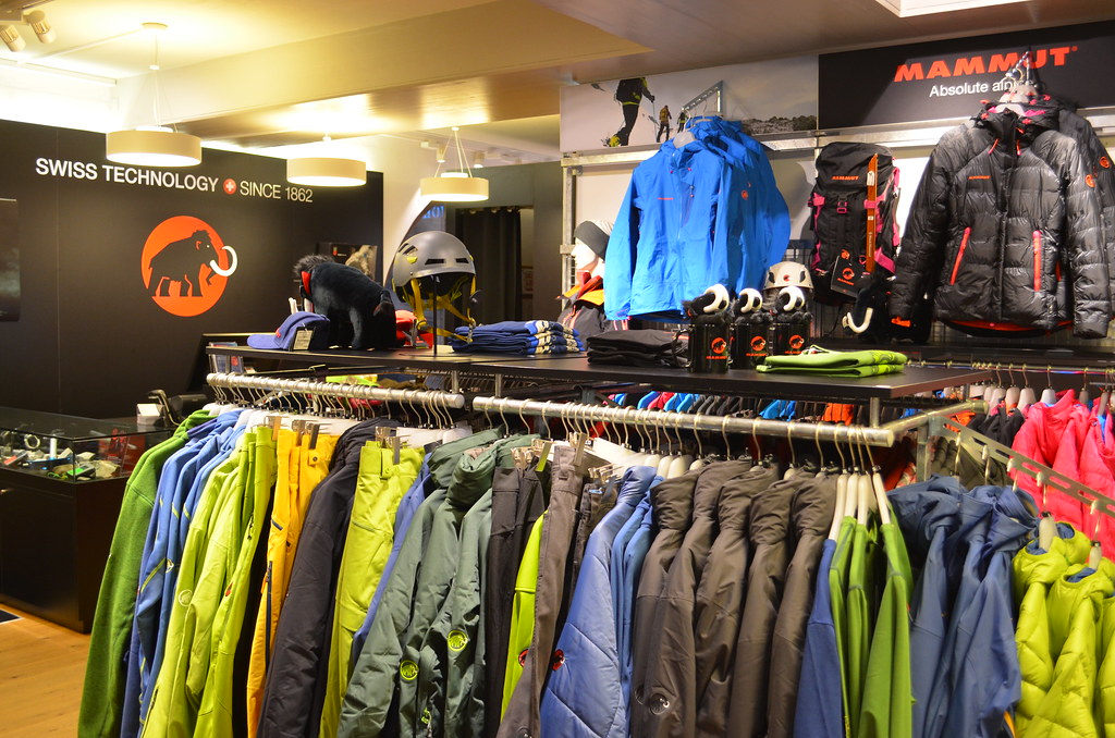 huge selection of c6c7f 56e8a The World's newest photos of mammut and store - Flickr Hive Mind