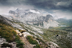 Gaisl group (Youronas) Tags: italien italy mountain lake mountains alps rock tirol rocks pass rocky alpine alpini alpen mountainlake tyrol sdtirol altoadige southtyrol mountainpass fosses sennes sattle scharte gaisl hohegaisl cococain gaislgroup cocodainscharte