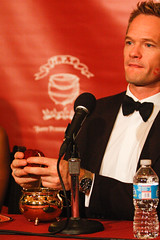 Neil Patrick Harris wins Hasty Pudding's Man of the Year (SarahGFisherPhotography) Tags: red sarah university harvard fisher harvarduniversity 204 manoftheyear nph moy neilpatrickharris hastypudding hastypuddingtheatricals bostinno