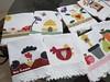 Encomenda pronta (vaniathomazim) Tags: flores flower frutas galinha flor passarinho coração colagem patchwork cozinha casinha maçã girassol guardanapo croche galinhas costura colmeia guardanapos patchcolagem
