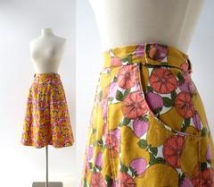 1970s Sangria fruit print wrap skirt with pockets (Small Earth Vintage) Tags: smallearthvintage vintagefashion vintageclothing skirt 1970s 70s wrapskirt fruitprint pockets