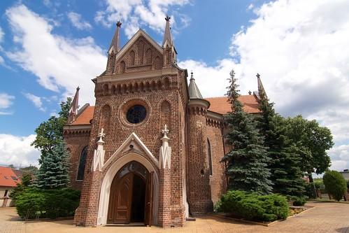 Kościół św. Andrzeja w Gosławicach od zachodu