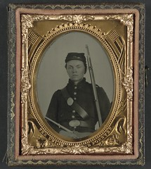 [Unidentified soldier in Union infantry uniform and state of New York beltplate with musket]  (LOC) (The Library of Congress) Tags: portrait newyork man uniform union young case libraryofcongress 1860s oval xmlns:dc=httppurlorgdcelements11 dc:identifier=httphdllocgovlocpnpppmsca33330