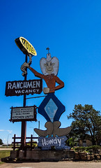 Howdy (treehuggerdcg) Tags: red sony motel vintagemotelsigns wx50 ranchmen flickrbingo2 flickrbingo2g58