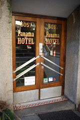 sui_sea_solitaire_SPACES_Hotel_at_the_corner_of_bitter_and_sweet_5