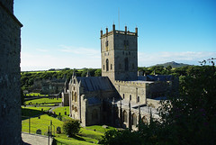 D9004.  St. David's Cathedral. (Ron Fisher) Tags: southwales wales westwales cymru pembrokeshire stdavids stdavidscathedral