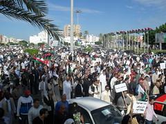 Tripoli residents reclaim their city | سكان طرابلس يستعيدون مدينتهم | Les habitants de Tripoli regagnent leur ville