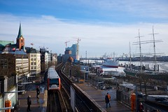 DSCF2901 (FHH62) Tags: daylight hafen seaport x100s fhh1962