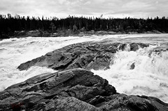 Muskrat Falls - B&W (WhiteFlowersFade) Tags: voyage travel blackandwhite bw canada water newfoundland river landscape nikon eau labrador noiretblanc north roadtrip rivire falls churchill paysage muskrat nord chutes fleuve tnl terreneuve d7k d7000 {vision}:{mountain}=065 {vision}:{outdoor}=0904