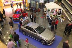 17-Citycar Sur presenta los nuevos Mercedes-Benz Clase C y GLA con la espectacular actuación de Nancys Rubias