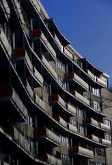 Hansaviertel, Berlin (blafond) Tags: berlin architecture germany concrete deutschland architektur balconies urbanism allemagne hansaviertel beton urbanisme balcons vision:outdoor=0803