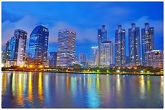 สะกดให้ผืนน้ำ >> สงบนิ่ง #BangkokLight ##หนูXE2 #snapseed