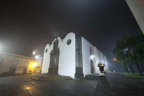 San Pedro con niebla