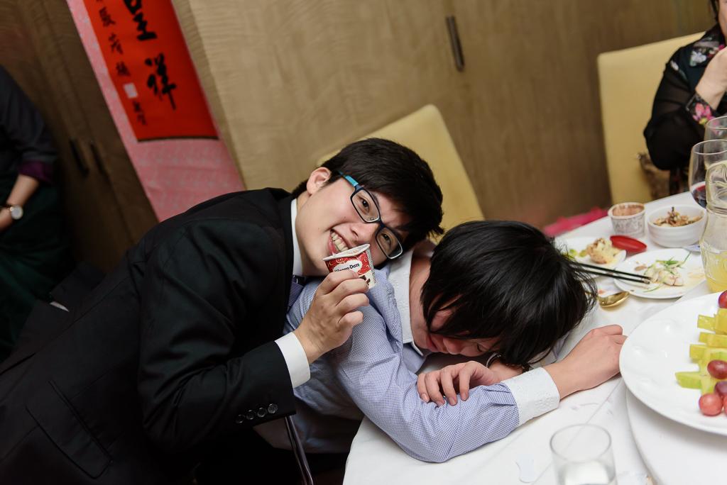 wedding day,婚攝小勇,台北婚攝,晶華,台北國賓,台北國賓婚宴 ,愛瑞思,Miko,新秘,-126