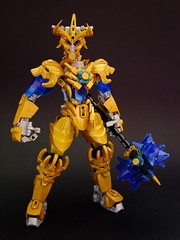 Ekimu the Lightkeeper (Djokson) Tags: ekimu bionicle lego model toy g2 djokson gold armor warrior hammer blue crystal knight