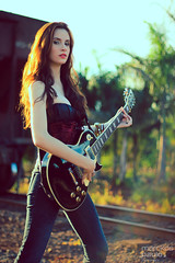 IMG_0084 (Marckos Paulo) Tags: road sunset red brazil woman green girl beauty rock train canon hair guitar amp foliage redhear