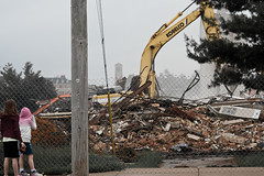 20130605-IMG_1247.jpg (cylent) Tags: demolish destruction iowa cedarfalls nuhigh pricelaboratoryschool