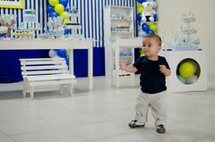 Bernardo fez 1 aninho! (Kelen Gama) Tags: menino fotógrafas fotografiainfantil sãosimãogo festa1ano kelenecamila decoraçãotilim azulamareloebranco detalhesdafesta