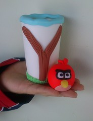 porta lpis angry birds (Lti Rangel) Tags: biscuit portalpis portacanetadebiscuit portalpisembiscuit amordebiscuit